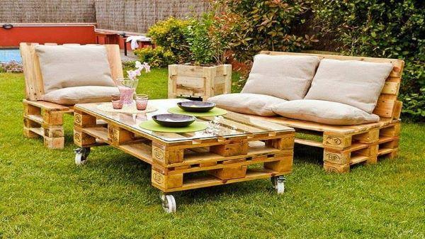 Sofá e mesa de pallet