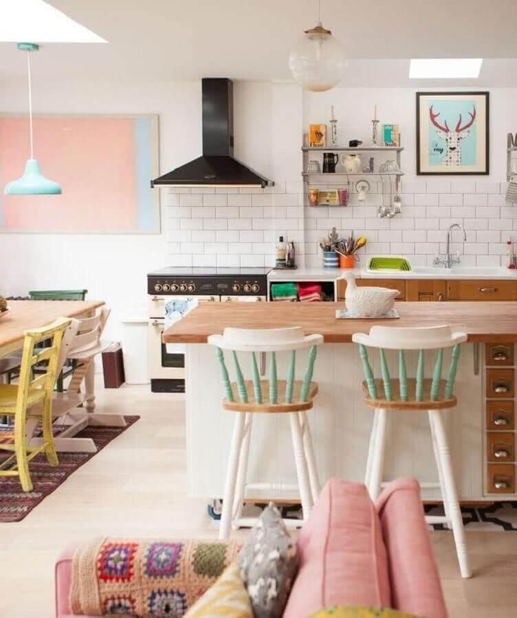 tons pastéis para decoração de sala e cozinha integrada Foto Apartment Therapy