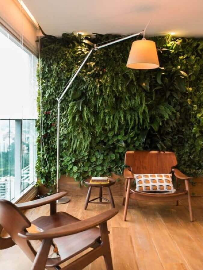varanda com jardim vertical - tendências para decoração para 2021 Foto Jeito de Casa