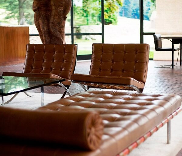 A poltrona barcelona original foi criada por Ludwig Mies Van der Rohe