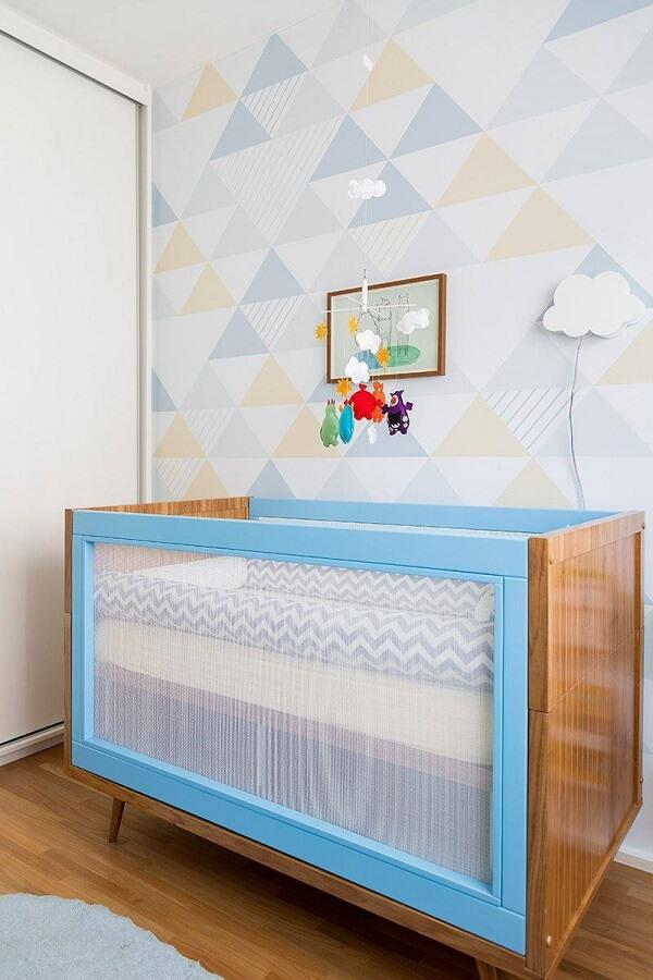 Arandela de madeira em formato de nuvem para quarto de bebê