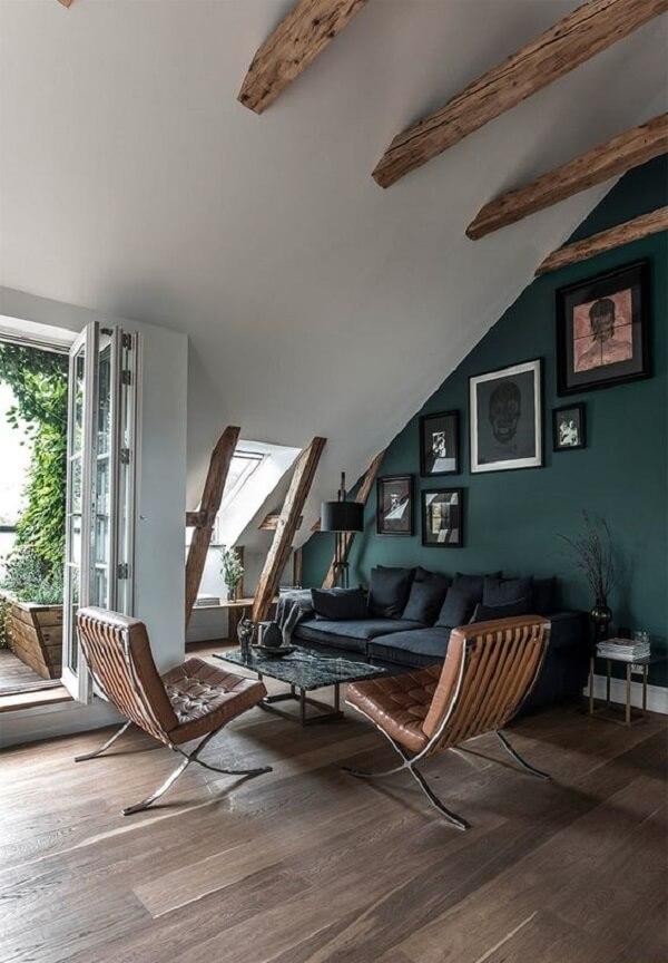 Delimite a área da sua sala de estar com poltrona modelo barcelona