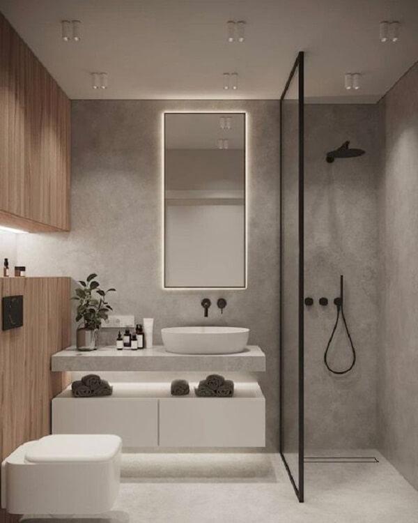 O espelho de banheiro com led fica bastante funcional