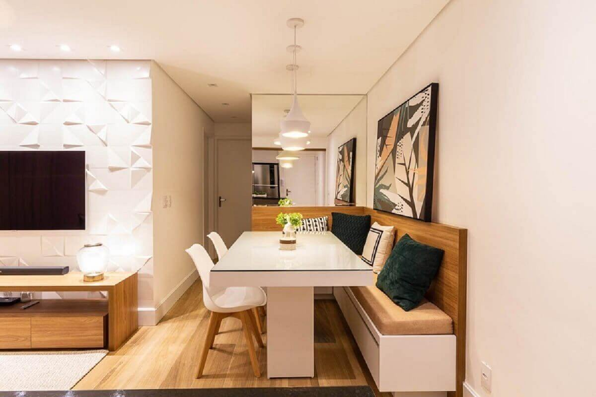 Parede espelhada para decoração de sala de jantar integrada com sala de estar Foto habitissimo