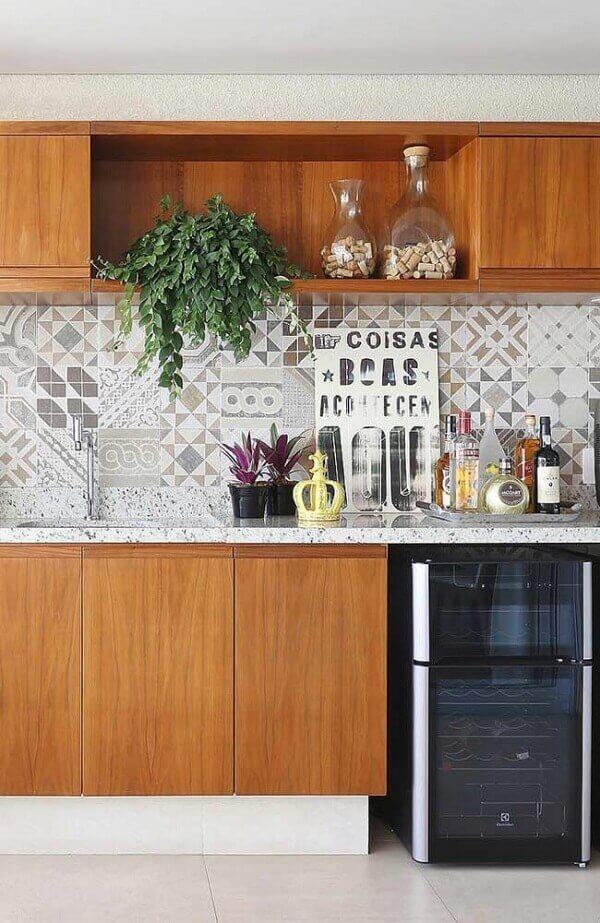 Placas decorativas para cozinha com frases que trazem alegria para o espaço
