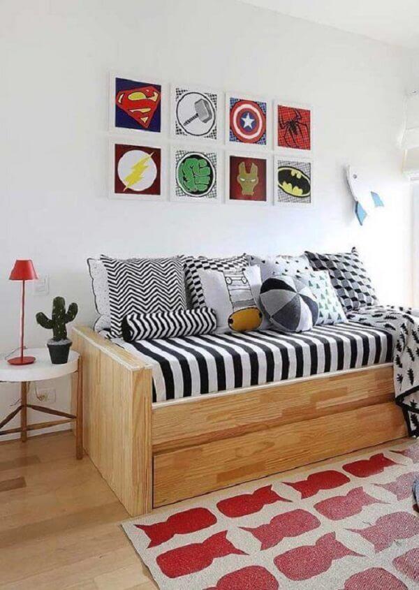 Placas decorativas para quarto com imagens de heróis
