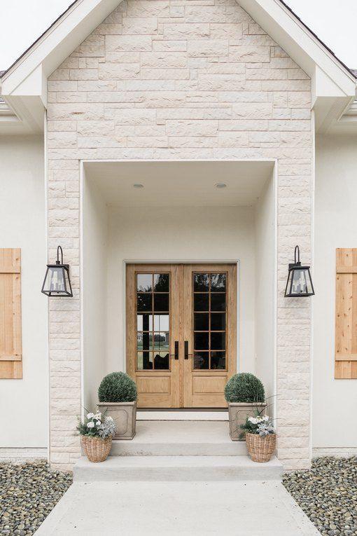 Ilumine a entrada de casa com arandela rústica