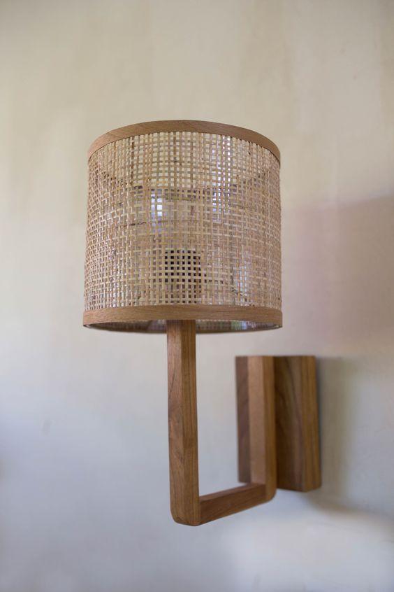 Arandela rústica na casa
