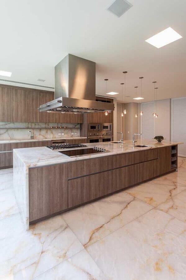 Revestimento para área gourmet na cozinha com cooktop