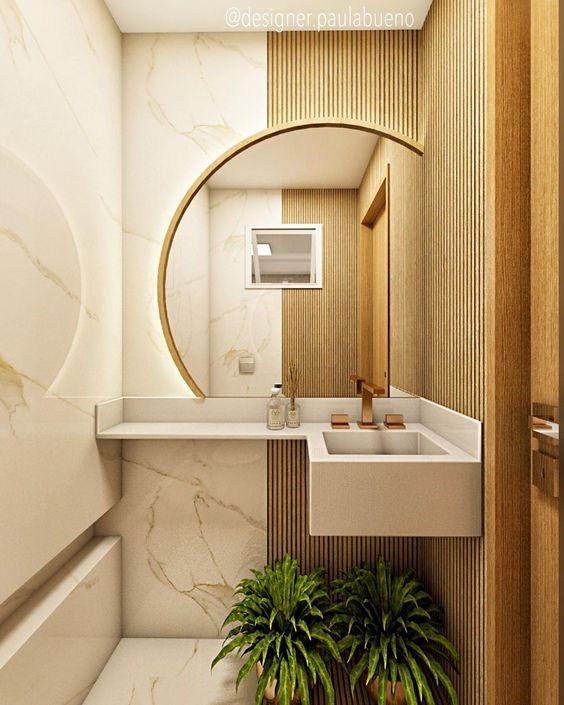 Banheiro amadeirado com decoração de folhas