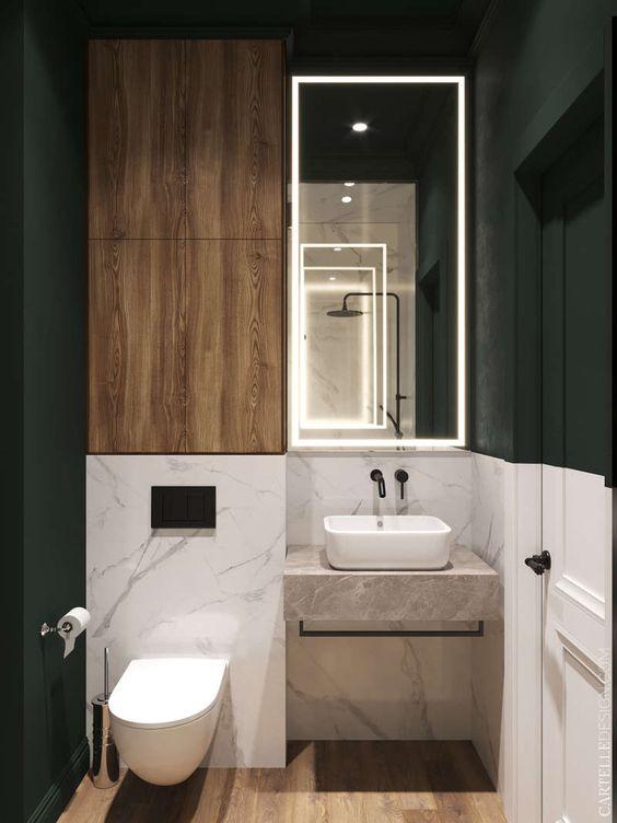 Banheiro com detalhes amadeirado