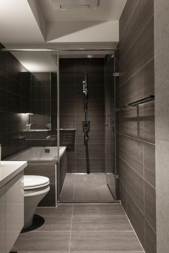 Banheiro sem janelas em cinza