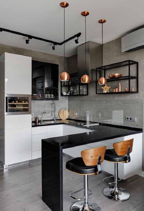 cimento queimado para cozinha estilo industrial pequena decorada com pendentes cobre Foto Arkpad