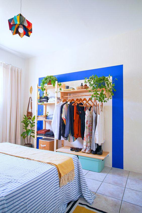 Como fazer um closet barato e simples no quarto pequeno