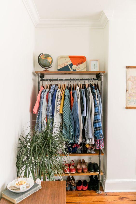 Aproveite os espaços do seu quarto para fazer um closet funcional
