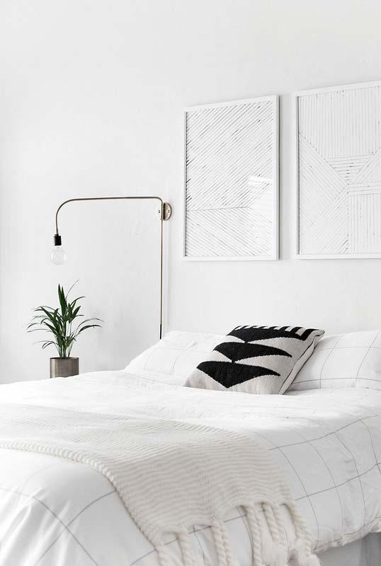 cores claras para quarto minimalista todo branco Foto Homey Oh My