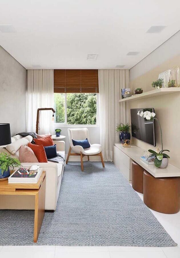 cores claras para sala pequena decorada com almofadas coloridas Foto Architecture Art Designs