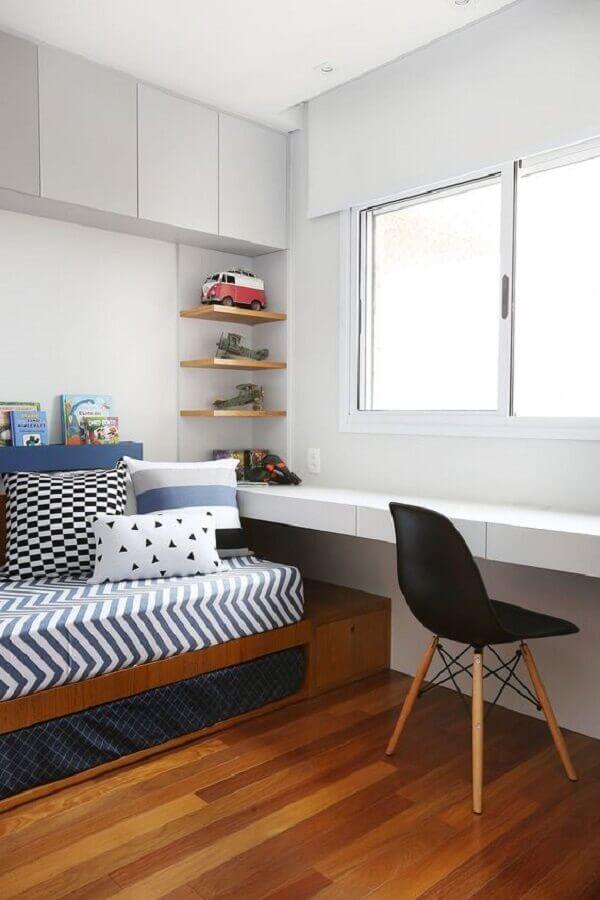 decoração clean para quarto de solteiro com escrivaninha Foto Casa de Valentina