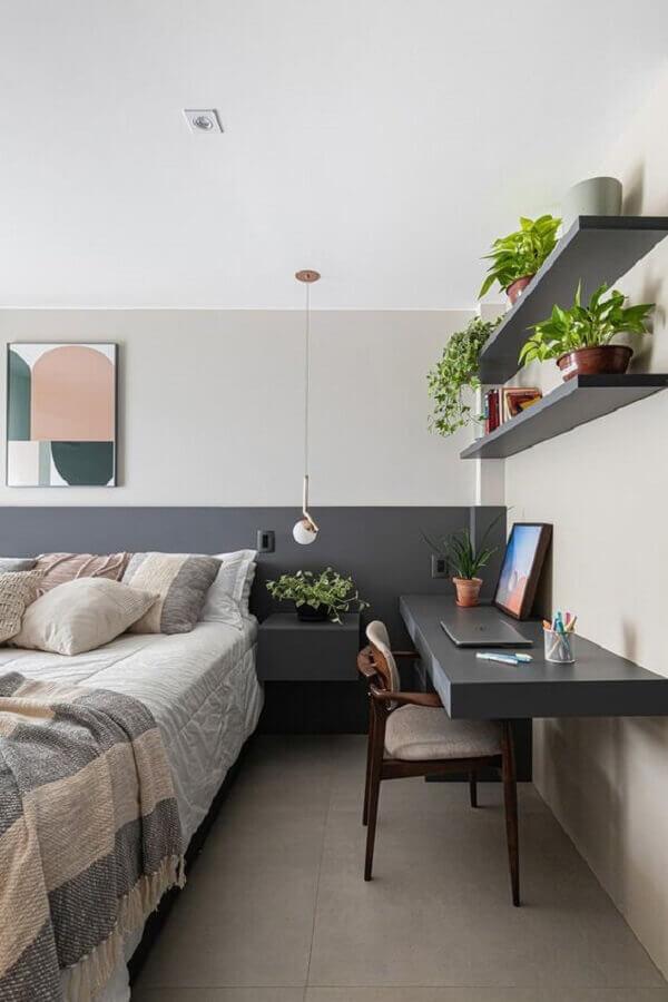 decoração em cinza e branco para quarto de casal com escrivaninha Foto Casa de Valentina