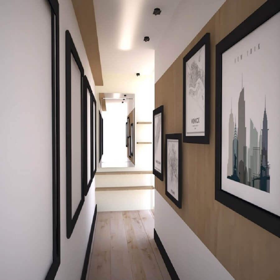 decoração em cores neutras com quadros decorativos para corredor  Foto Ideias Decor
