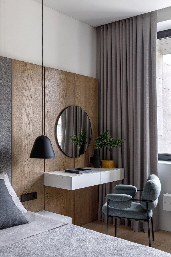 decoração moderna com espelho redondo para quarto de casal com escrivaninha Foto Behance