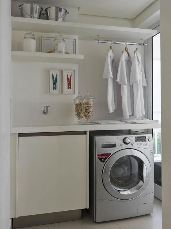 Decoração de lavandeira planejada
