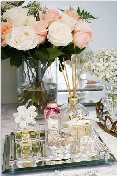 Monte seu kit para banheiro com perfumes e decorações lindas