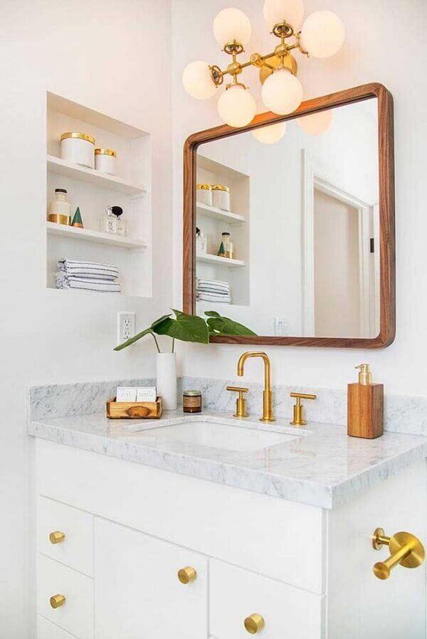 Banheiro clean com kit de madeira