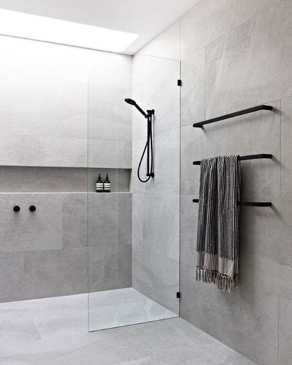 Kit para banheiro preto e cinza