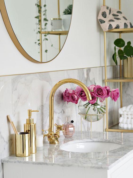 Kit para banheiro dourado