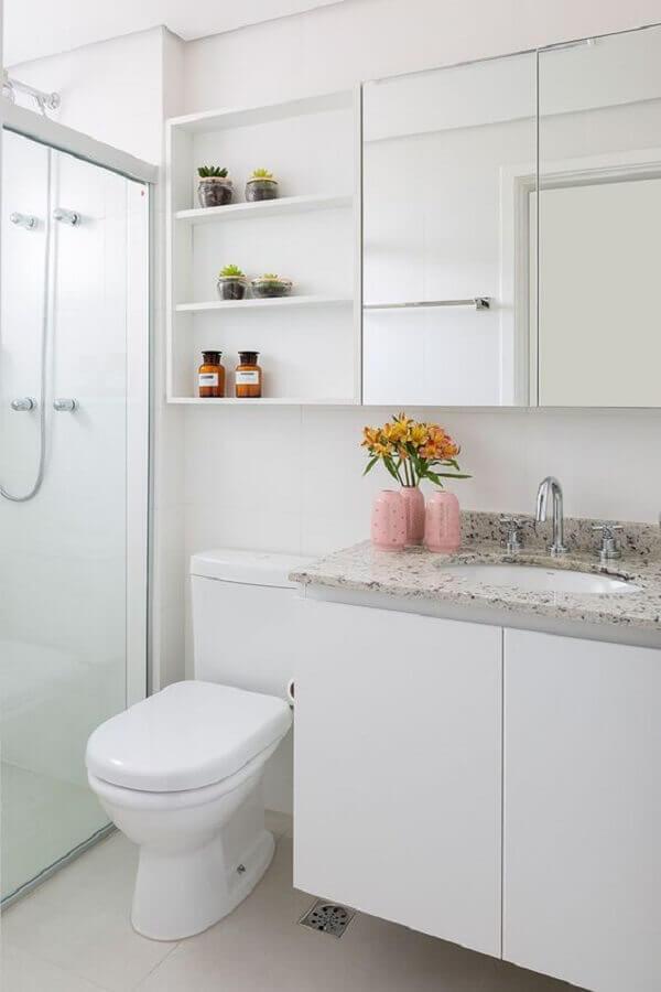 modelo de banheiro simples decorado todo branco Foto Casa de Valentina
