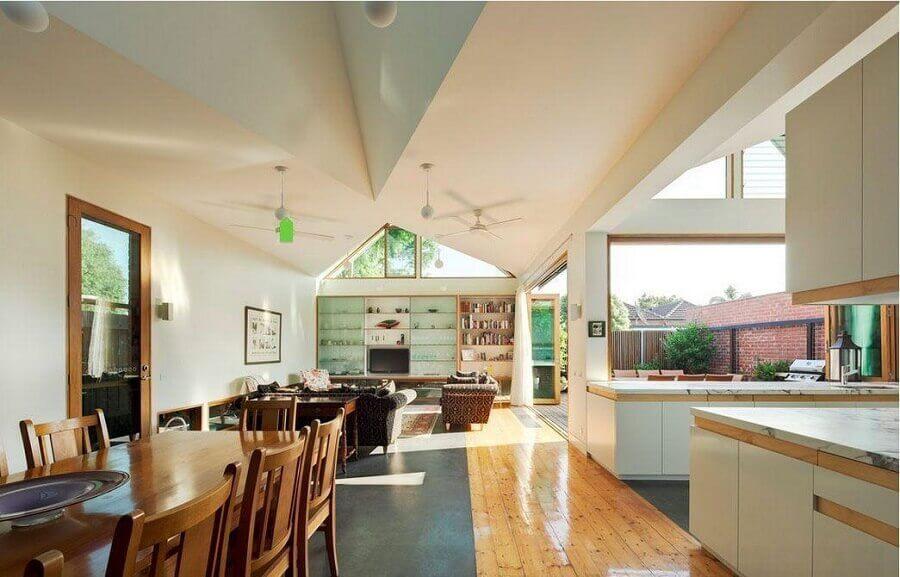 modelo de casa conceito aberto ampla com varanda integrada Foto Stamp Interiors