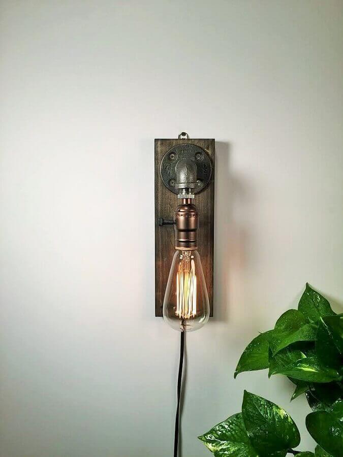 modelo de luminária rústica de parede Foto Jeito de Casa
