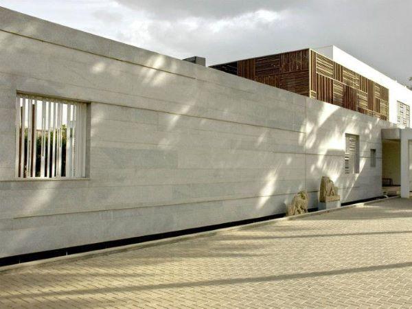 Muros brancos e bonitos