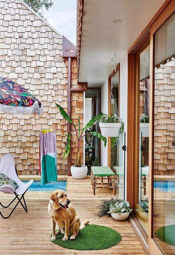 Casa com muros bonitos