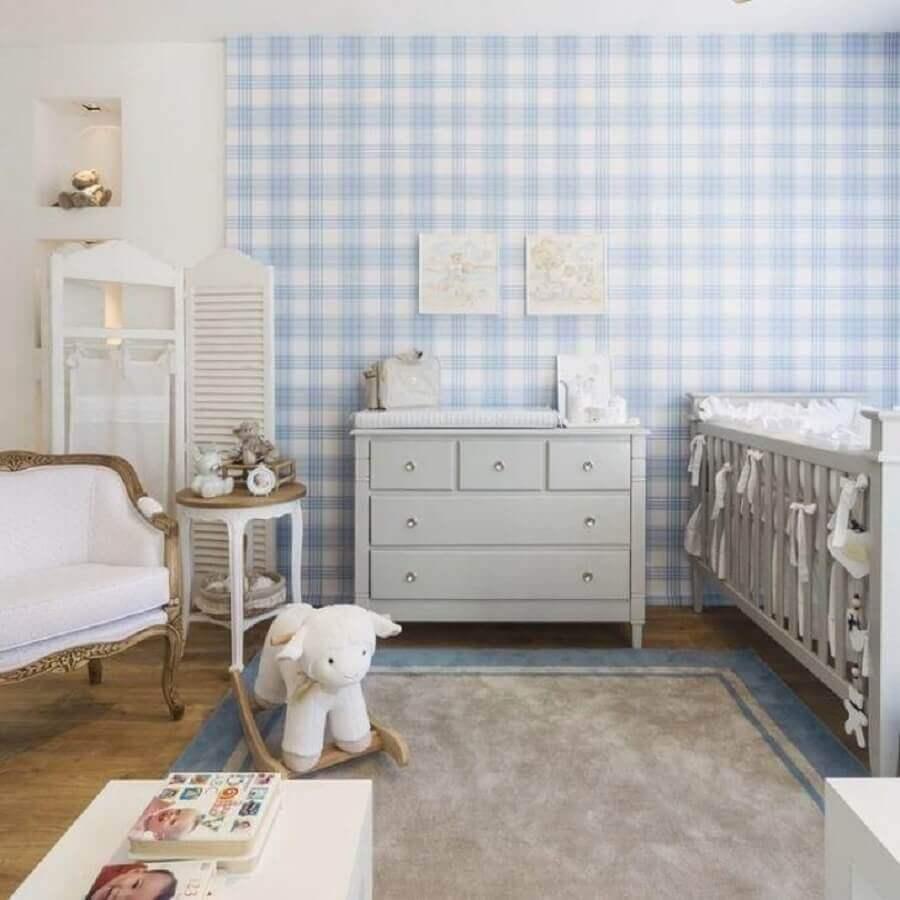 papel de parede xadrez para decoração de quarto de bebê azul e cinza claro Foto Celina Dias Bebê