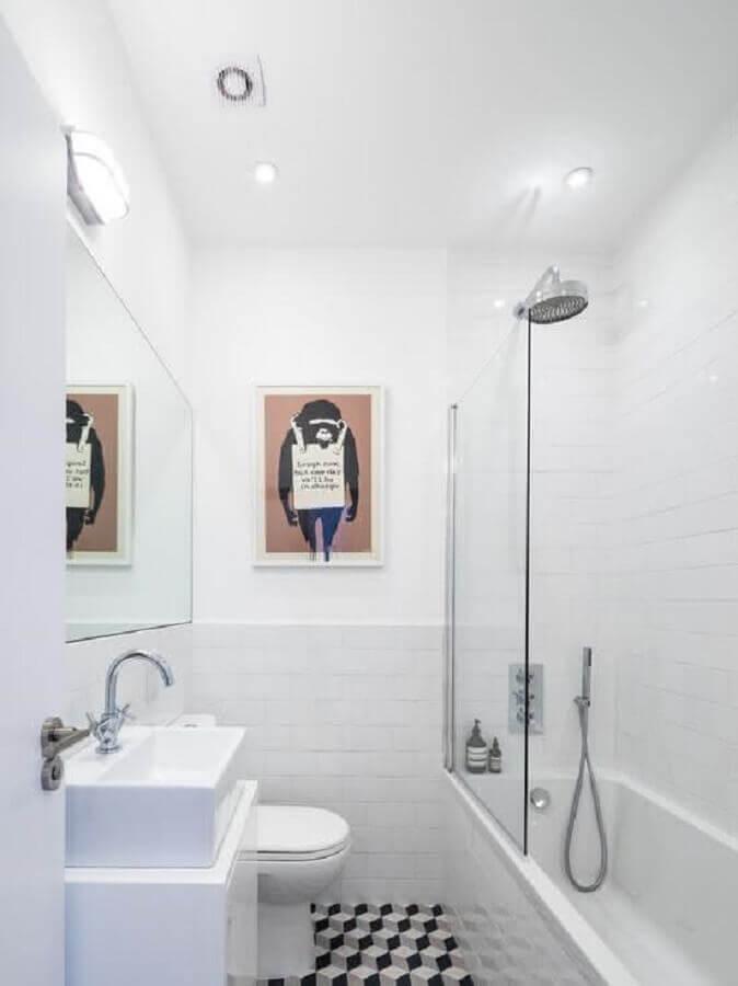 quadro para decoração de banheiro simples todo branco Foto Pinterest