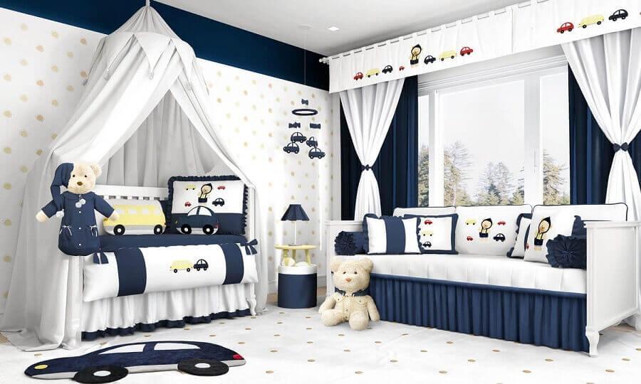 quarto de bebê azul marinho e branco decorado com tema ursinho Foto Grão de Gente
