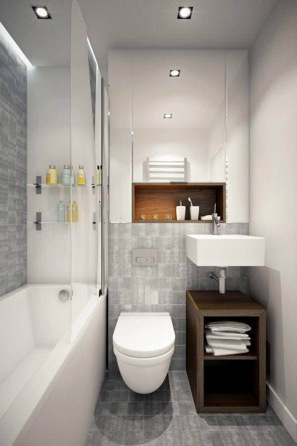 revestimento cinza claro para decoração de banheiro simples com banheira pequena Foto Pinterest
