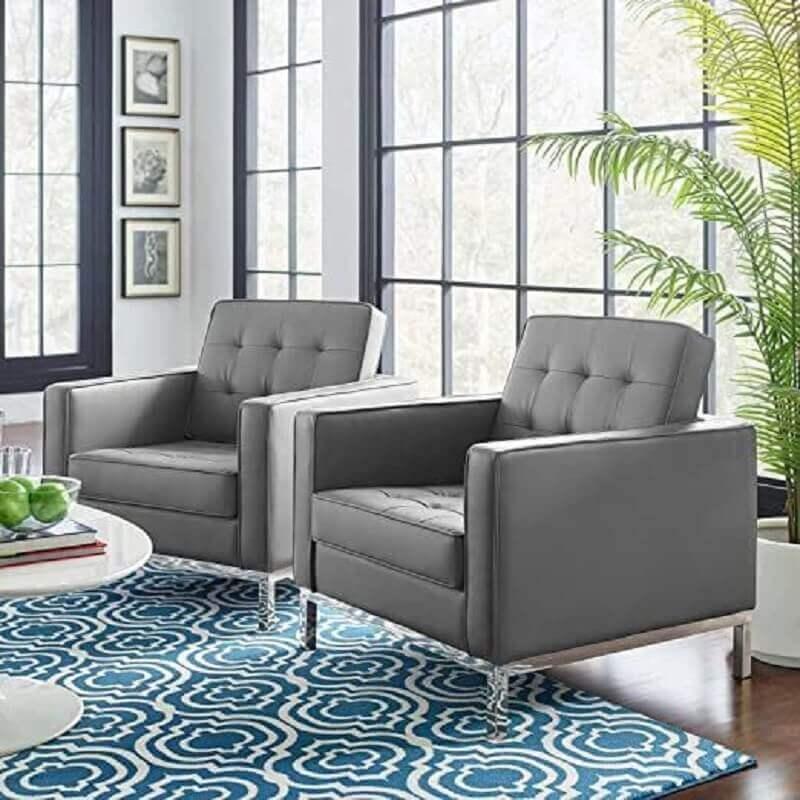 sala de estar decorada com poltrona de couro cinza Foto Pinterest