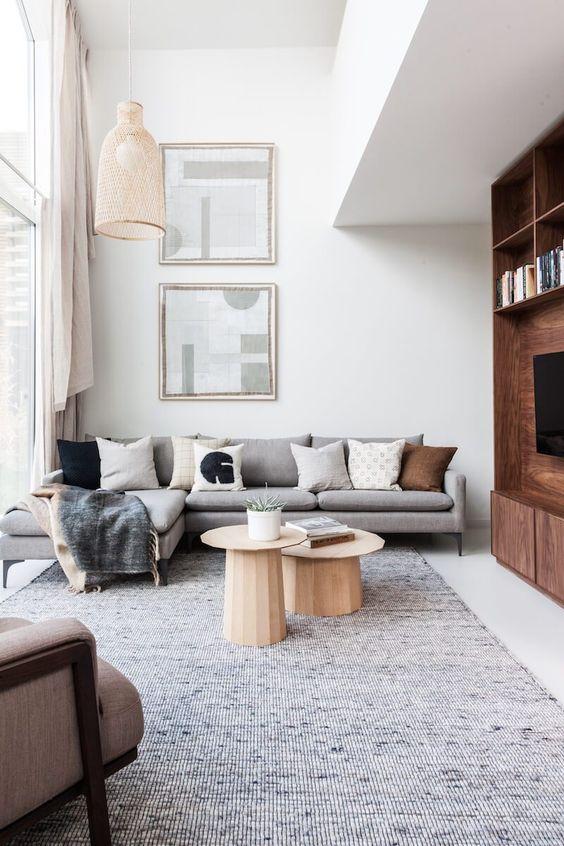 Sala com tapete grande