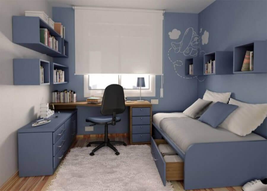 tons de azul para decoração de quarto de solteiro com escrivaninha Foto Pinterest