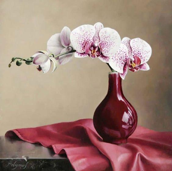 Vaso de orquídea marsala
