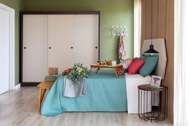 Tendências para quartos em 2021: cores de tinta ou papel de parede podem trazer um toque especial para o dormitório