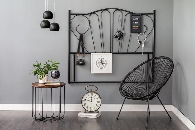 Tendências para quartos em 2021: móveis e objetos vintage podem ser encontrados em antiquários e brechós