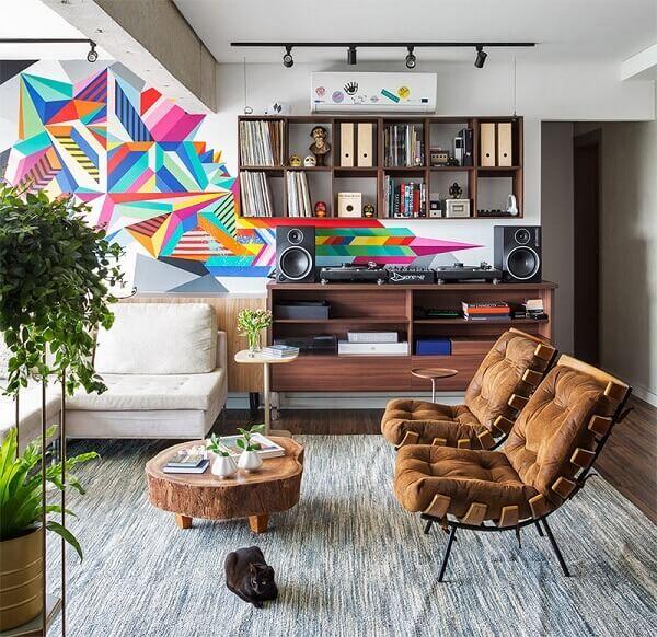 Sala de estar com poltronas capitonê
