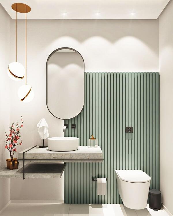 Banheiro minimalista com cuba de apoio para banheiro branca