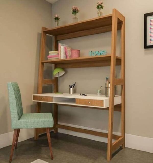 Escrivaninha de madeira rústica com estante embutida