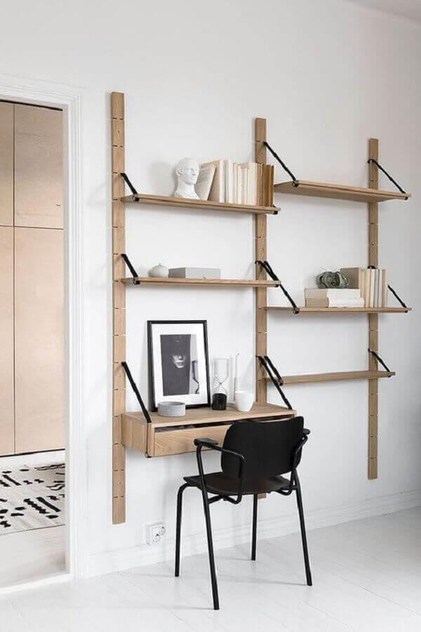 Escrivaninha de madeira rústica suspensa