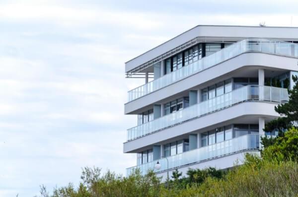 Avalie as instalações do projeto antes de comprar um apartamento